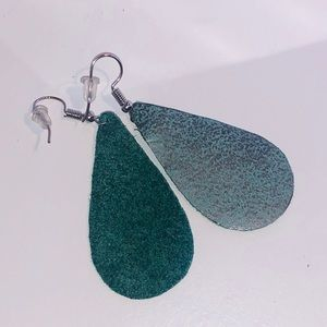 Leather turquoise & silver teardrop earrings.
